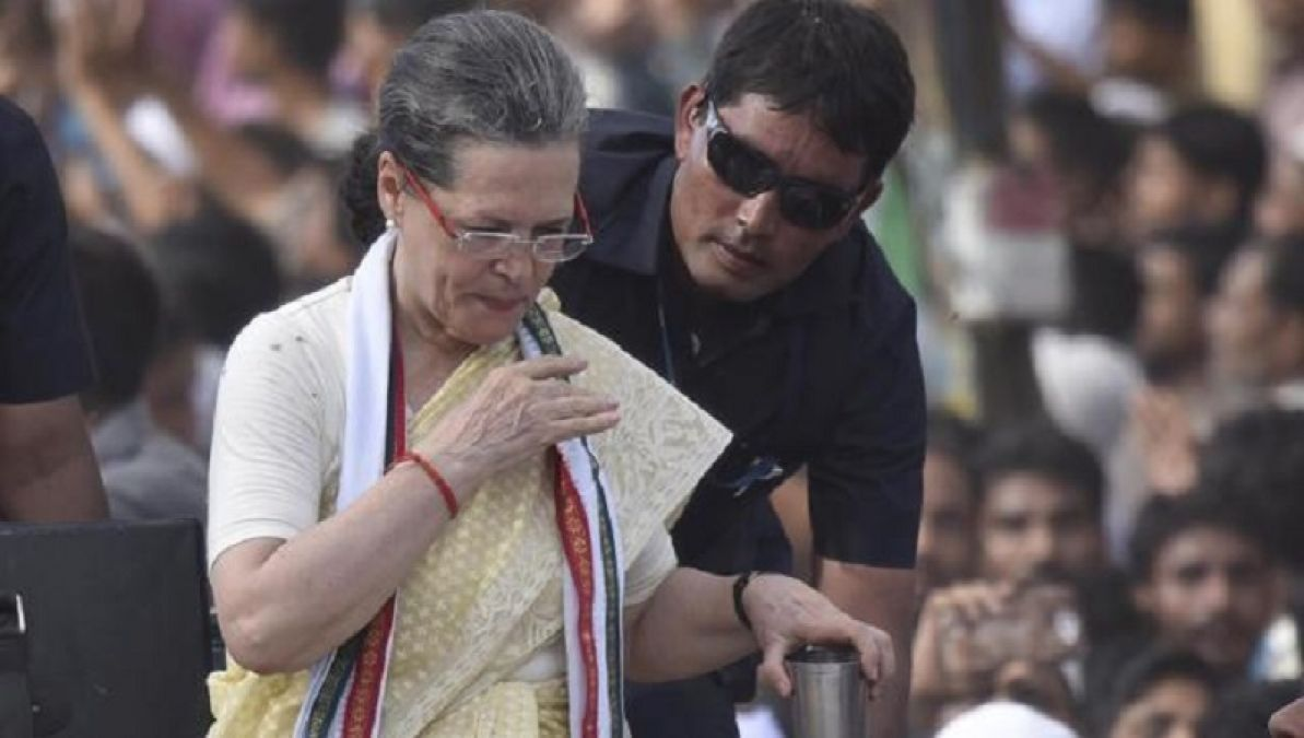 Sonia Gandhis health deteriorates,  will not be able to hold Haryana