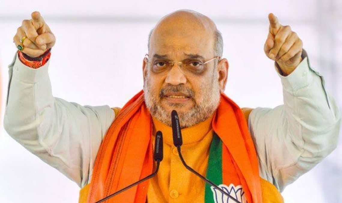 Amit Shah targets Congress, accuses it of not working for backward-tribals