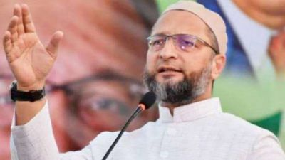 Asaduddin Owaisi claims he donated 15 bottles of blood in a single day, got trolled