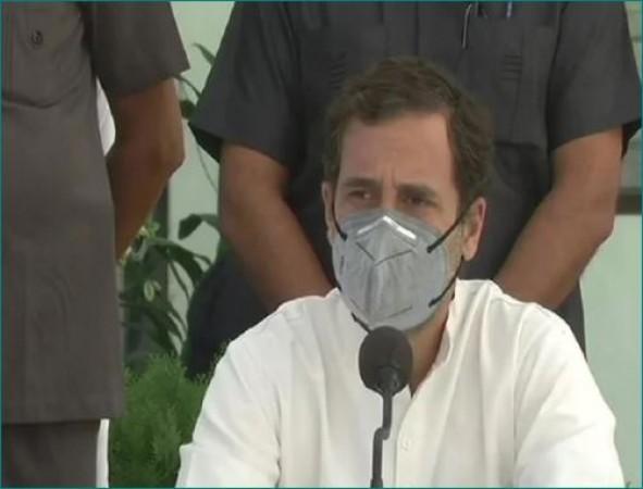 वाल्मीकि नगर में बोले राहुल गाँधी- 'दशहरे पर PM का पुतला जलाया, ख़ुशी की बात...'