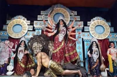 Shashi Tharoor shares photo Goddess Durga idol killing 'Xi Jinping'