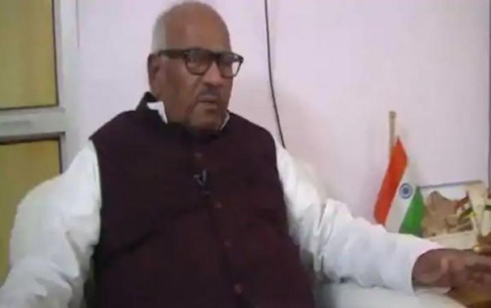 जाति आधारित गोलबंदी से बाहर निकल चुकी है बिहार की सियासत - वशिष्ठ नारायण सिंह