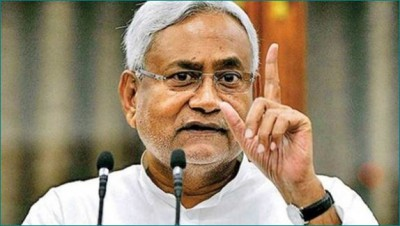 Bihar Election: Nitish Kumar says, 'Voting is not only right but also responsibility'