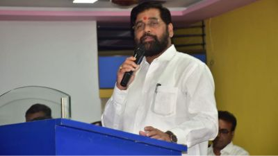 शिवसेना विधायक दल के नेता चुने गए एकनाथ शिंदे, संजय राउत ने भाजपा को दिया चैलेंज