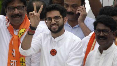 महाराष्ट्र में भाजपा के साथ या उसके खिलाफ, आज शिवसेना की बैठक में हो सकता है बड़ा फैसला