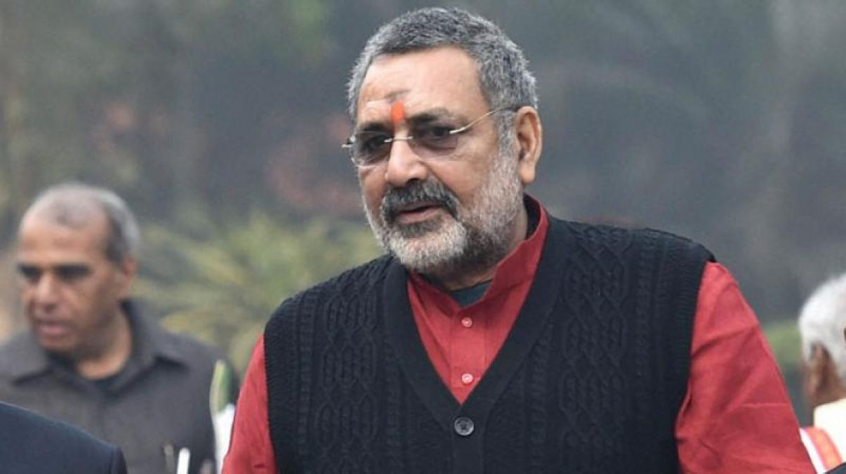 Big statement of Union Minister Giriraj Singh, says, 'Only cows will be born with the use of new technology'