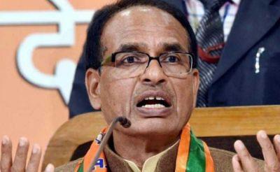दिग्विजय सिंह के आरोप पर शिवराज का करारा पलटवार, कहा- पाकिस्तान की भाषा बोलते हैं कांग्रेस नेता
