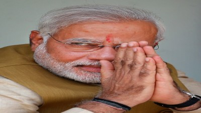 PM Modi used to sell tea in trains at the age of 6