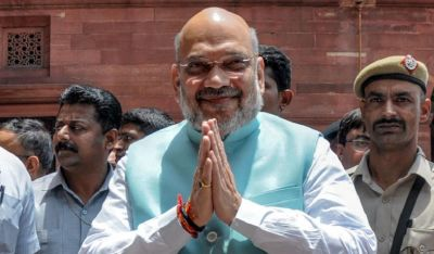 Amit Shah meets Assam Governor, now left for Maa Kamakhya temple