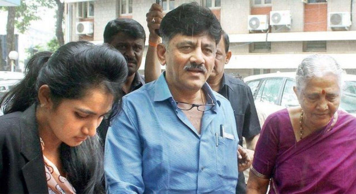 108 करोड़ की मालकिन है कांग्रेस नेता शिवकुमार की बेटी, अब ईडी करेगी जाँच