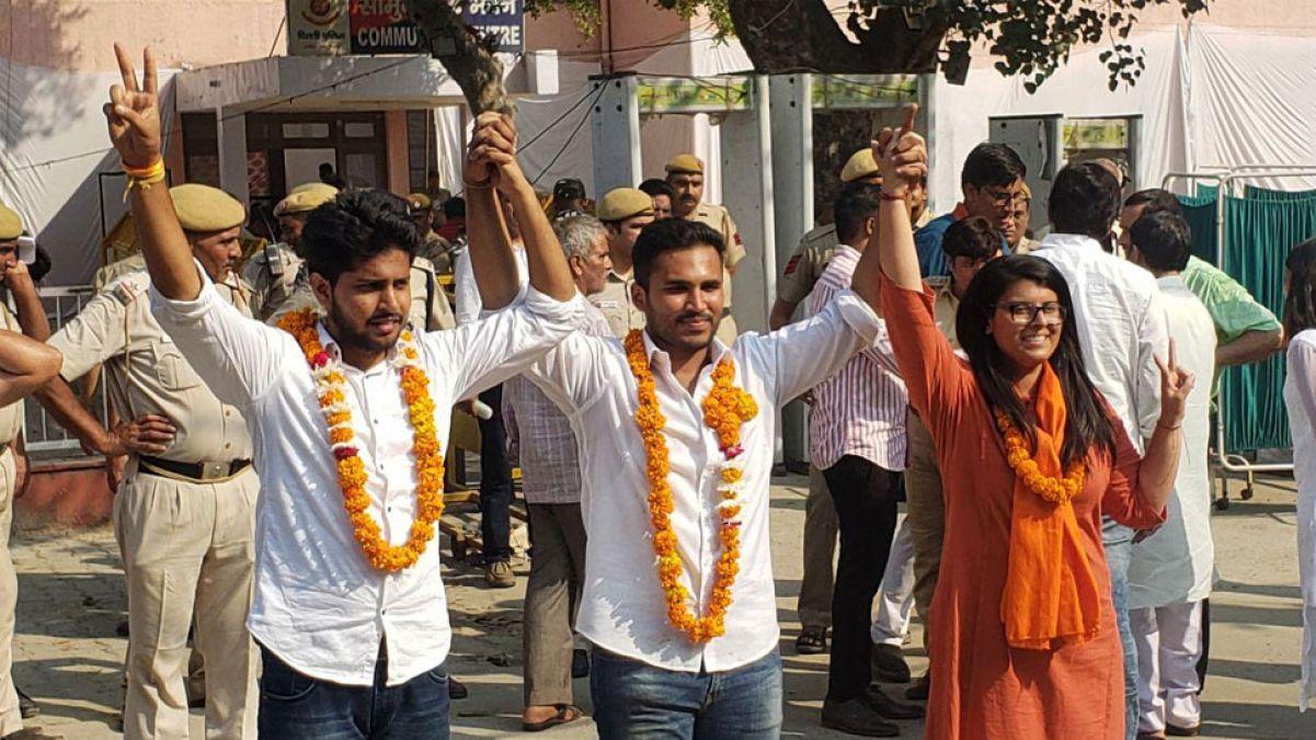 DUSU Elections 2019 : ABVP ने किया जबदस्त प्रदर्शन, तीनों अहम पदों पर लहरायां विजय परचम