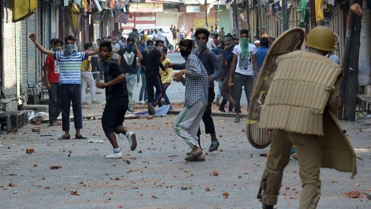 जम्मू कश्मीर में अमन कायम नहीं होने देना चाहता पाकिस्तान - मीर जुनैद