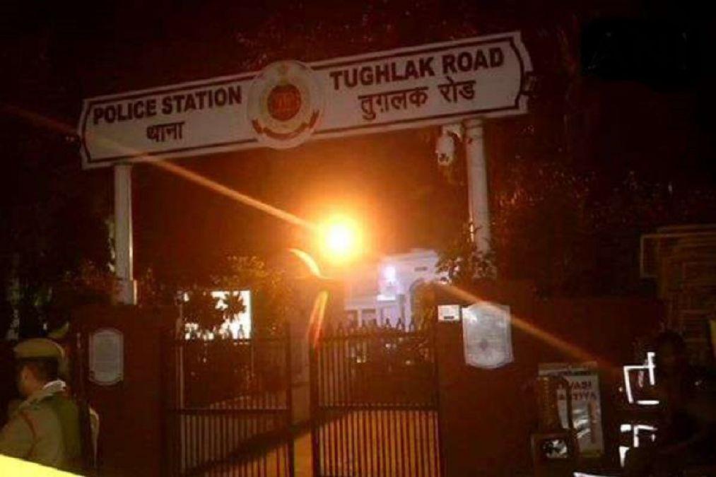 कांग्रेस नेता डी के शिवकुमार ने दिल्ली के तुग़लक़ रोड थाने में काटी रात, आज अदालत में पेश करेगी ईडी