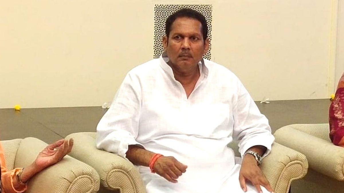 महाराष्ट्र विधानसभा चुनाव से पहले NCP को एक और बड़ा झटका, सांसद भोसले थामेंगे भाजपा का दामन
