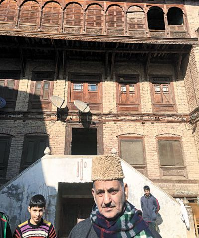 The ancestral residence of this former CM of Jammu and Kashmir will be sold