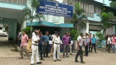 शारदा चिटफंड मामला: राजीव कुमार की गिरफ्तार पर लगी रोक हटी, CBI ने घर पर चिपकाया नोटिस