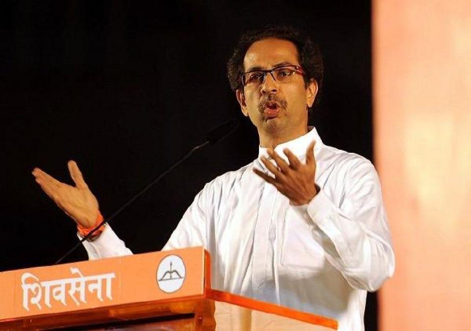 Shiv Sena attacks government over recession
