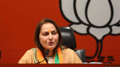 Jaya Prada attacks Azam Khan, says,' only small room can be built by begging'