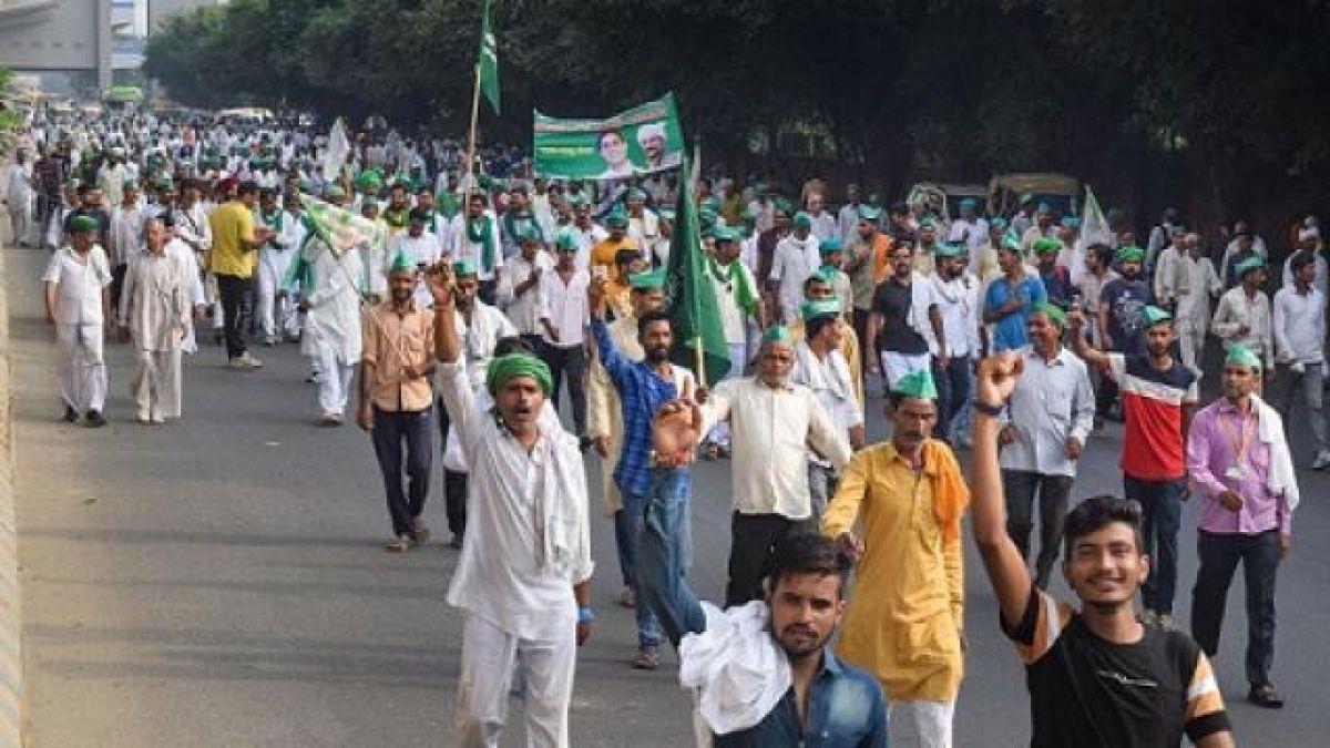 मोदी सरकार ने मानी किसानों की 15 में से 5 मांगें, ख़त्म हुआ आंदोलन