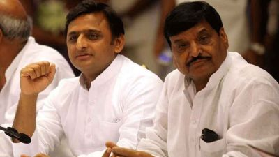 Crack in the Yadav family, Shivpal and Akhilesh may join hands