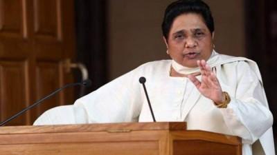Mayawati attacks Yogi government over increasing criminal cases