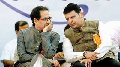 Maharashtra assembly elections: Uddhav and Fadnavis shares stage, but...