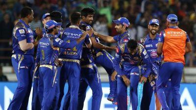 IPL2018LIVE: चेन्नई की पारी लड़खड़ाई, 50 रन पर गिरे...
