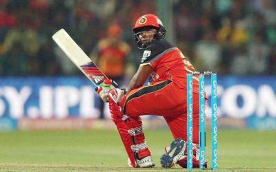 IPL2018LIVE : बैंगलोर का स्कोर 158 /4