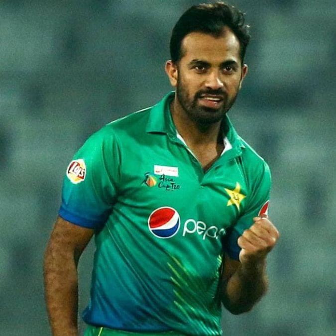 Pakistan's legendary fast bowler says goodbye to Test cricket