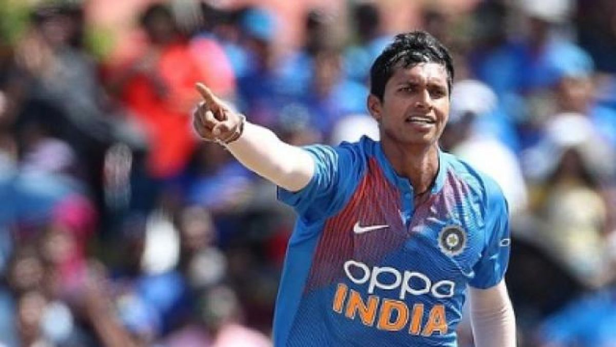 India beat West Indies by 4 wickets to go 1-0 up