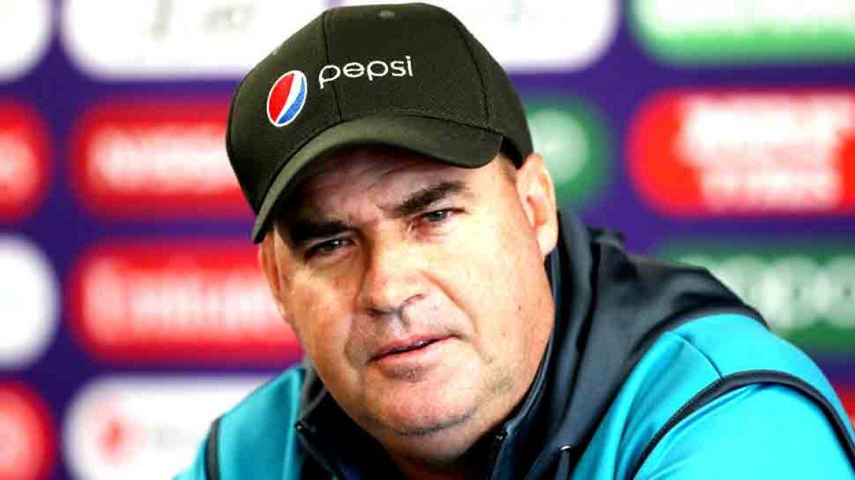 Pak Coach Tells PCB To Remove Sarfaraz Ahmed as captain