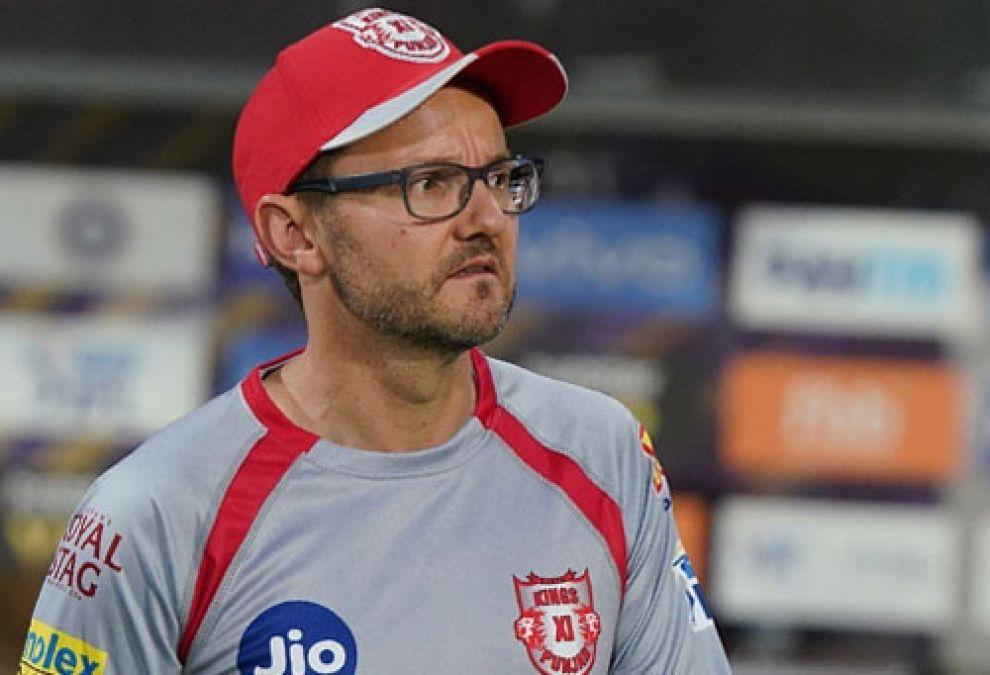 Kings XI Punjab head coach Michael Hussey resigns