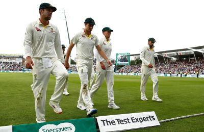 Former Australian captain questions team's combination after defeat against England