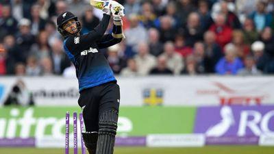 पाकिस्तान बनाम न्यूजीलैंड: सबसे अधिक छक्के जमाने के मामले में डिविलियर्स से आगे निकला ये खिलाड़ी