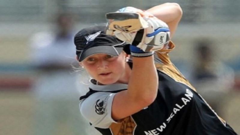 महिला क्रिकेट का सबसे तेज़ शतक, न्यूज़ीलैंड की इस बल्लेबाज़ ने महज 36 गेंदों में जड़ा सैकड़ा