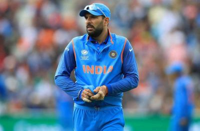 Yuvi asked BCCI to allow him to play in foreign T20 leagues