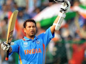 Know who was the player whom Sachin gifted his bat