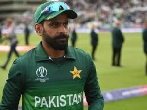 Mohammad Hafeez's second corona test report came negative