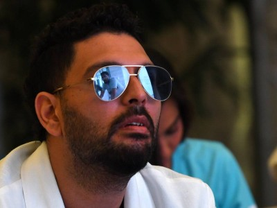 Yuvraj Singh changes his look, because of this special man