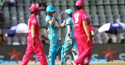 महिला टी20 चैलेंज : वेलोसिटी ने दर्ज की ट्रेलब्लेजर्स पर तीन विकेट से जीत दर्ज