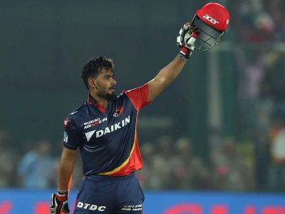 IPL LIVE DD vs RCB : पिछले मैच के शतकवीर पंत बढ़ा रहे है कोहली की मुश्किलें