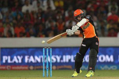 IPL 2018 FINAL LIVE : महामुकाबले में जोर आजमाइश करती दोनों टीमें...