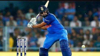 एक और कीर्तिमान बनाने से महज 8 रन पीछे रोहित शर्मा, पहले टी 20 में कर सकते हैं धमाल