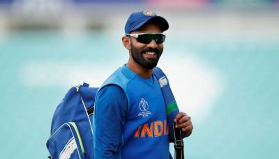 Know why Dinesh Karthik praised himself