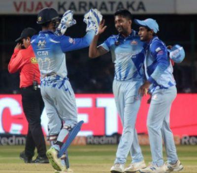 मैच फिक्सिंग में गिरफ्तार हुए दो भारतीय खिलाड़ी, धीमी बल्लेबाजी के लिए थे पैसे