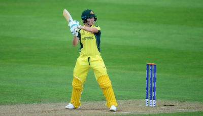 इस महिला क्रिकेटर ने पुरुषो को पीछे छोड़ बनाया वर्ल्ड रिकॉर्ड