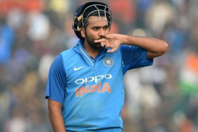 क्या शुरूआती दो टेस्ट मैच में नहीं खेलेंगे रोहित शर्मा ? ऑस्ट्रेलिया के हेड कोच ने कही चौंकाने वाली बात