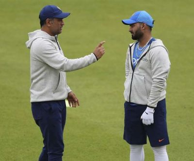 Rishabh Pant should not compare himself with MS Dhoni, says Chief selector