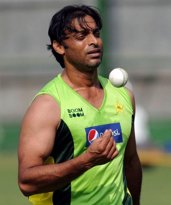 Former Pakistan bowler Shoaib Akhtar advice Rohit Sharma regarding his name