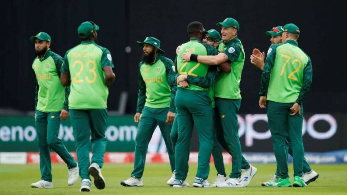 South Africa's T20 team lands in India